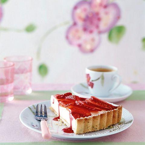 Erdbeertarte mit Sektmousse