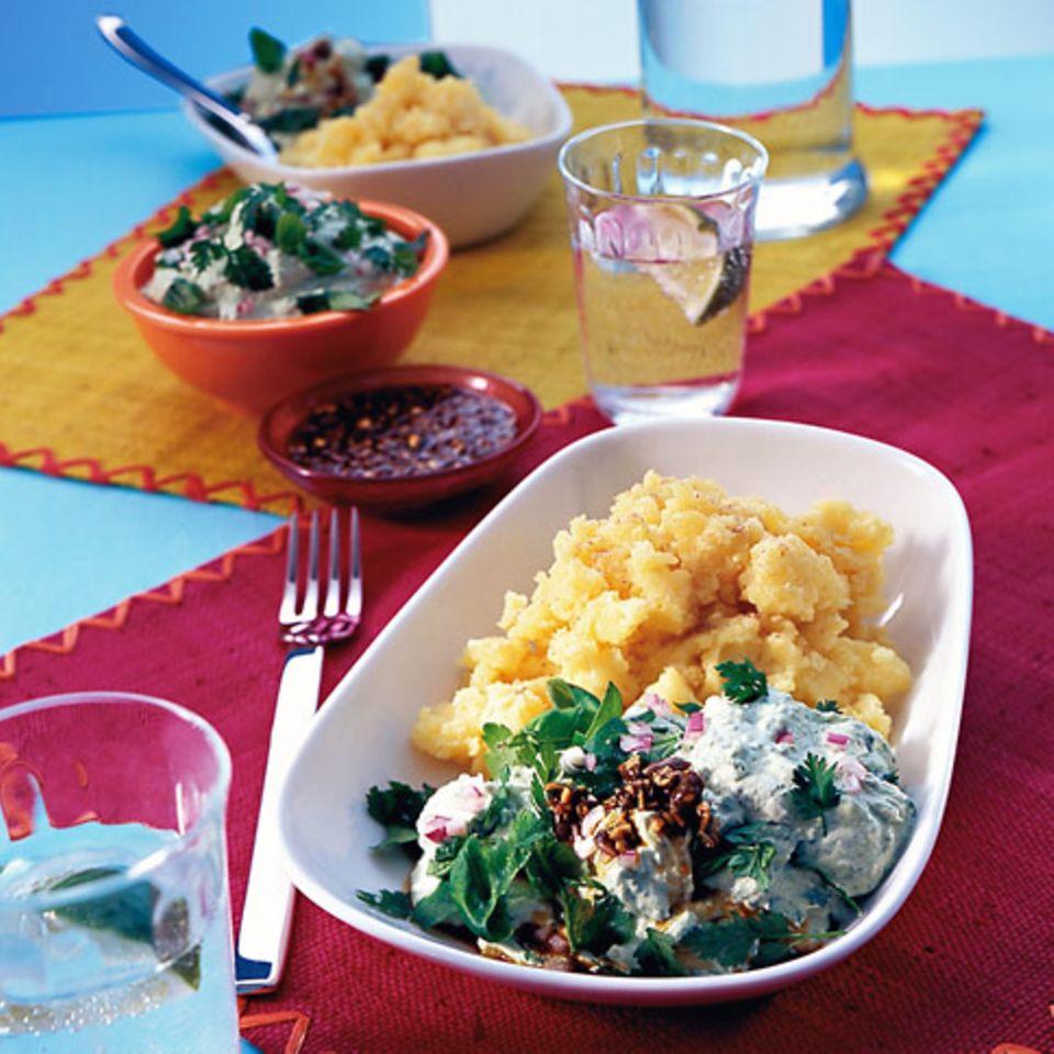 Kräuterquark mit Kürbiskernsauce