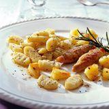 Gnocchi mit Mohn und Fenchelwürsten