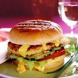 Blumenkohl-Burger mit Currycreme