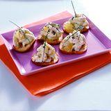Brot-Chips mit Shrimps-Salat