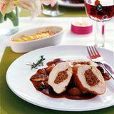 Gefüllte Hähnchenbrust mit Kartoffel-Spitzkohl-Gratin