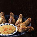 Chickenwings mit Erdnuss-Sauce