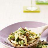 Nudel-Nuss-Salat