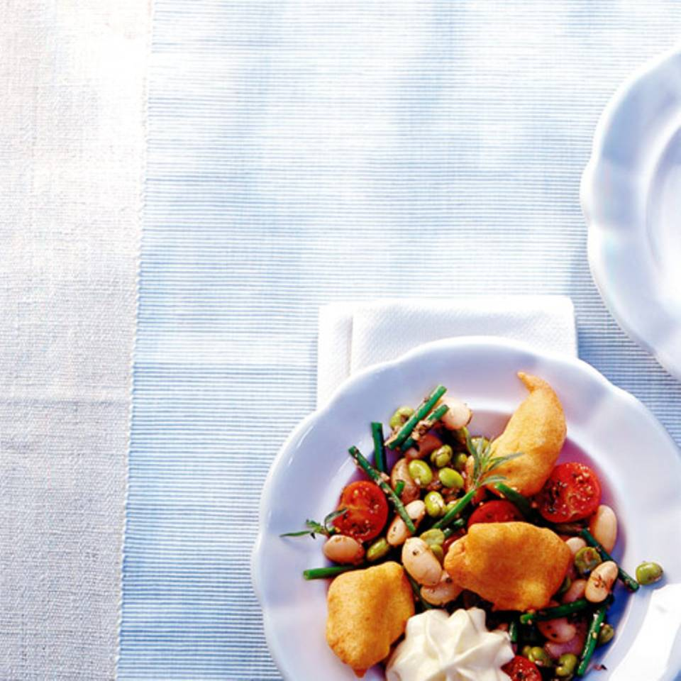 Kabeljau-Beignets mit Bohnensalat Rezept