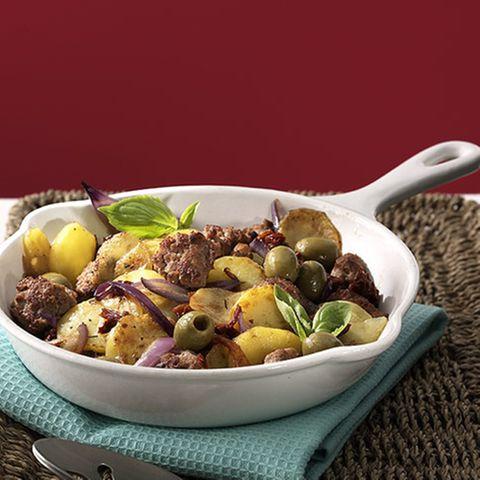 Hackpfanne mit Oliven