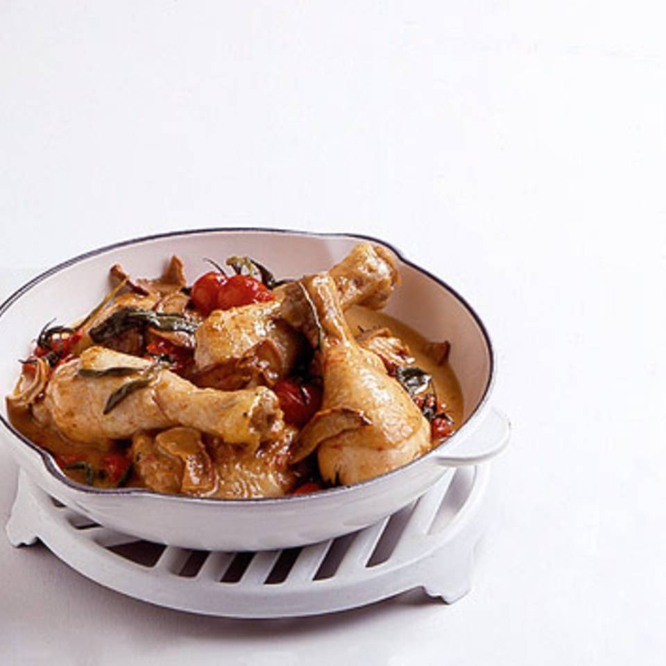Geschmorte Hähnchenkeulen mit Steinpilzen Rezept