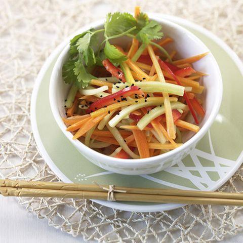 Asiatischer Gemüsesalat