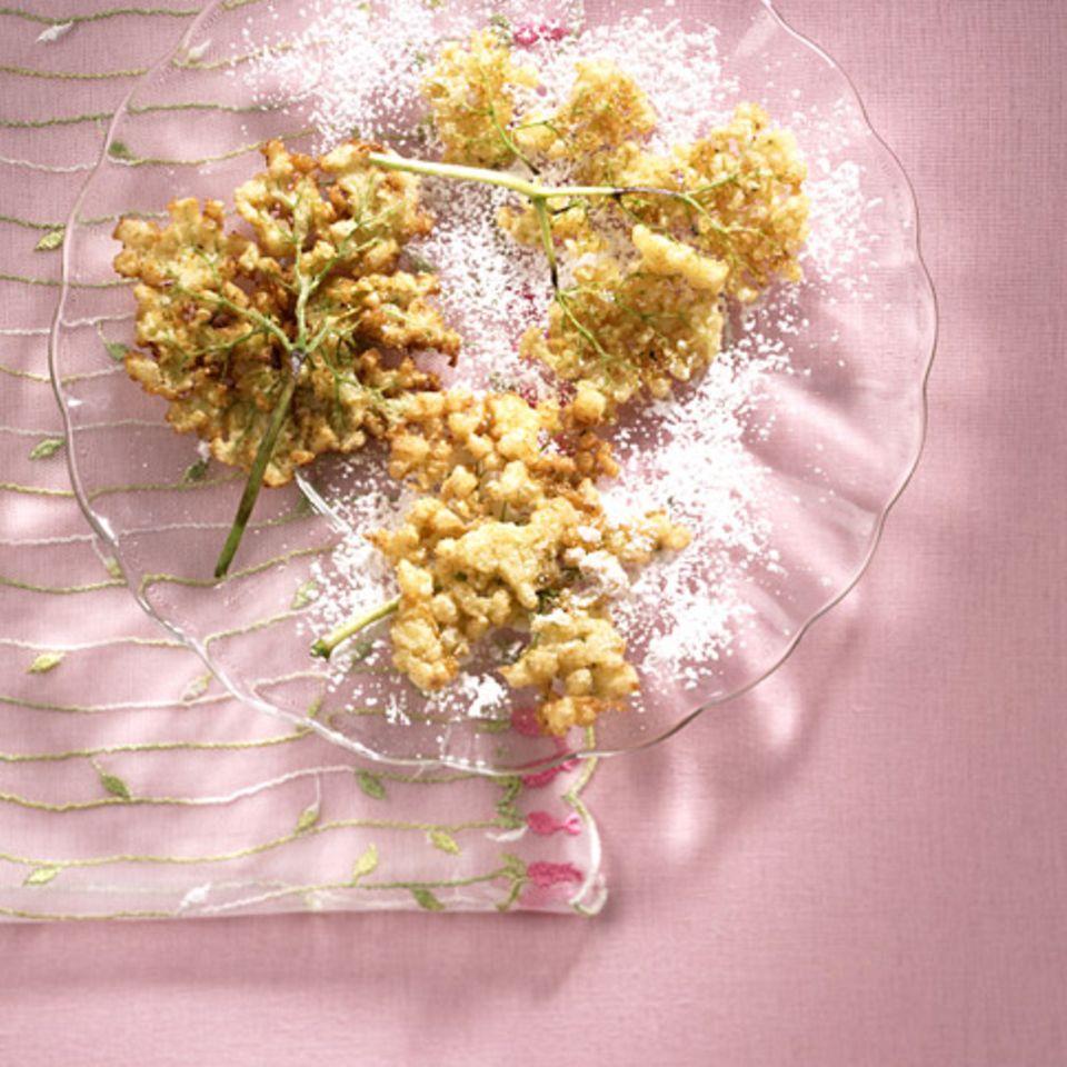 Gebackene Holunderblüten