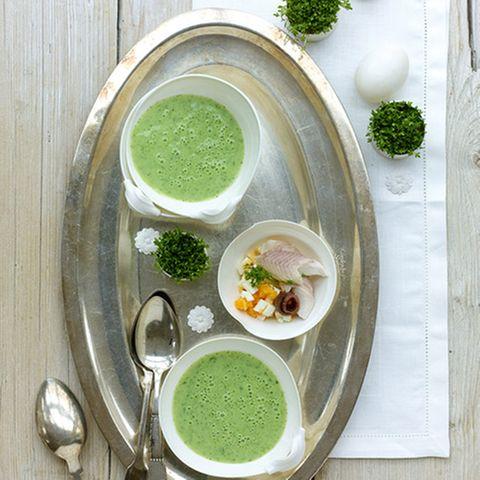 Buttermilchsuppe mit Kräutern