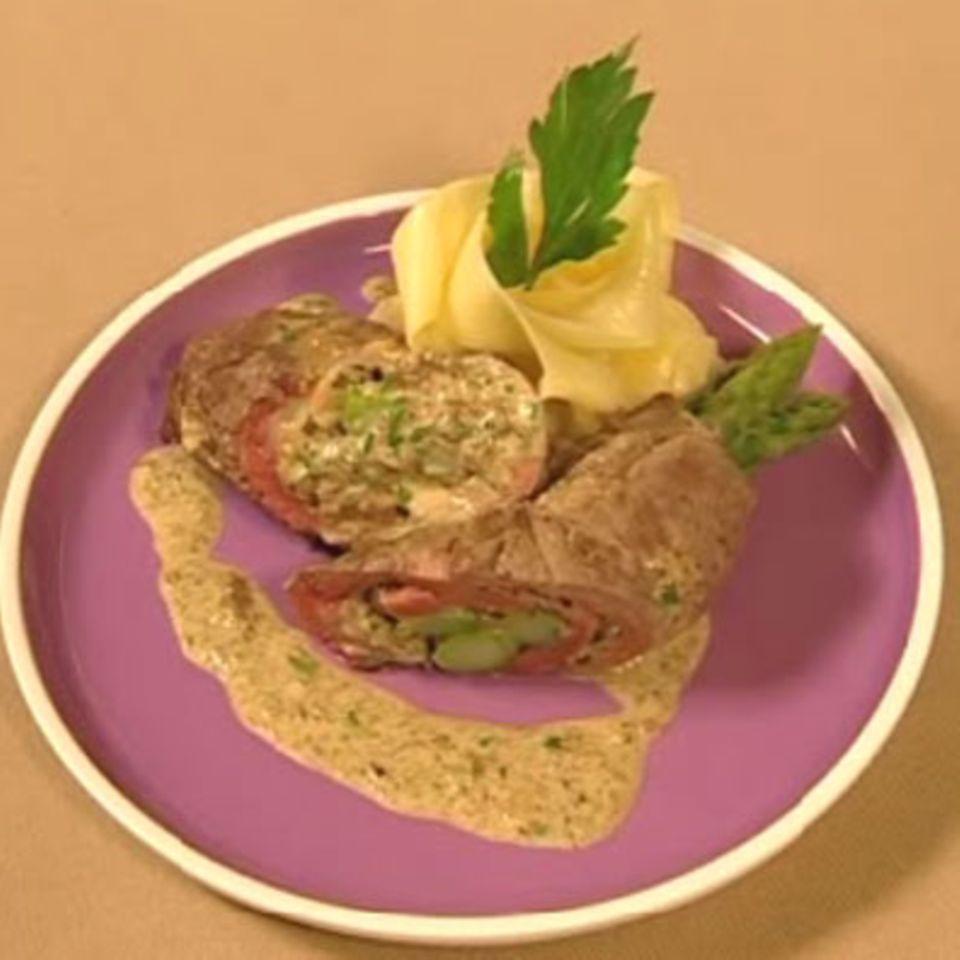 Roastbeef-Roulade mit Morchelsauce