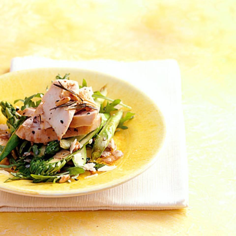 Hähnchenfilet mit Spargelsalat Rezept