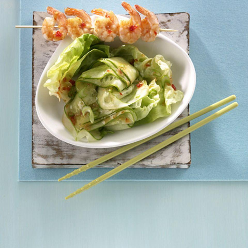 Asia-Salat mit Garnelen