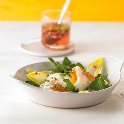 Pochierte Eier mit Kaviarcreme