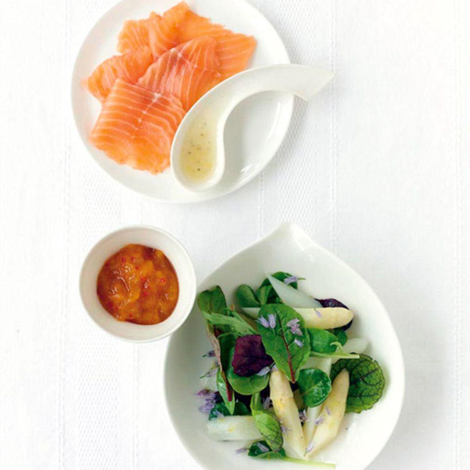 Spargelsalat mit Aprikosen-Chutney
