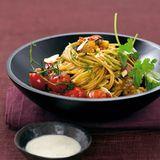 Gemüse-Spaghetti mit Kohlrabisauce