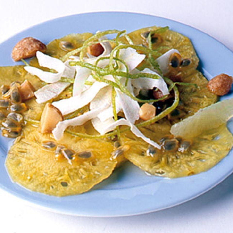 Ananas Carpaccio mit Passionsfrucht