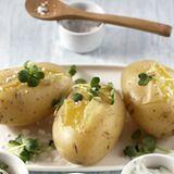 Neue Kartoffeln mit dreierlei Quark