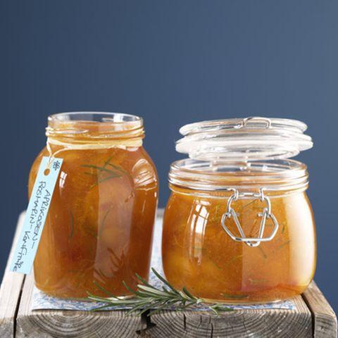 Aprikosen-Rosmarin-Konfitüre