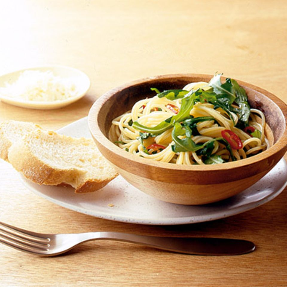 Spaghetti mit Rauke, Chili und Knoblauch
