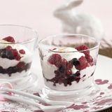 Joghurtsahne mit Früchten