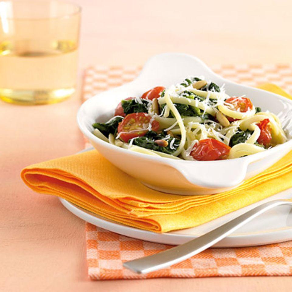 Linguine mit Spinat und Käse