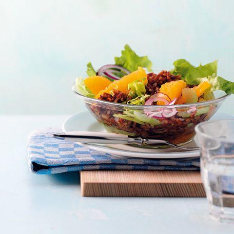 Roter Reis-Orangen-Salat