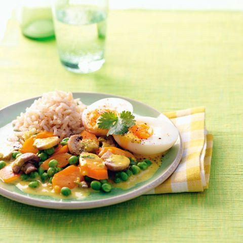 Gemüsecurry mit Ei