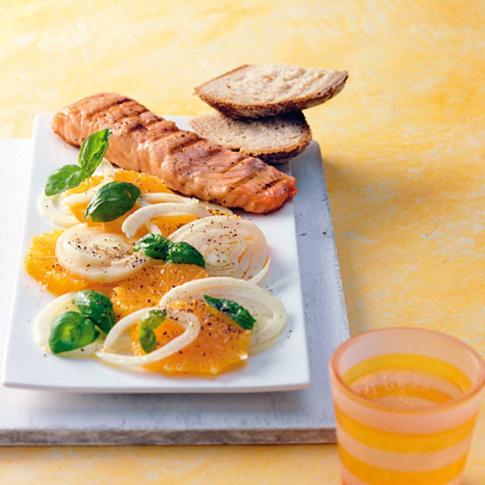 Orangen-Fenchel-Salat mit Lachs Rezept