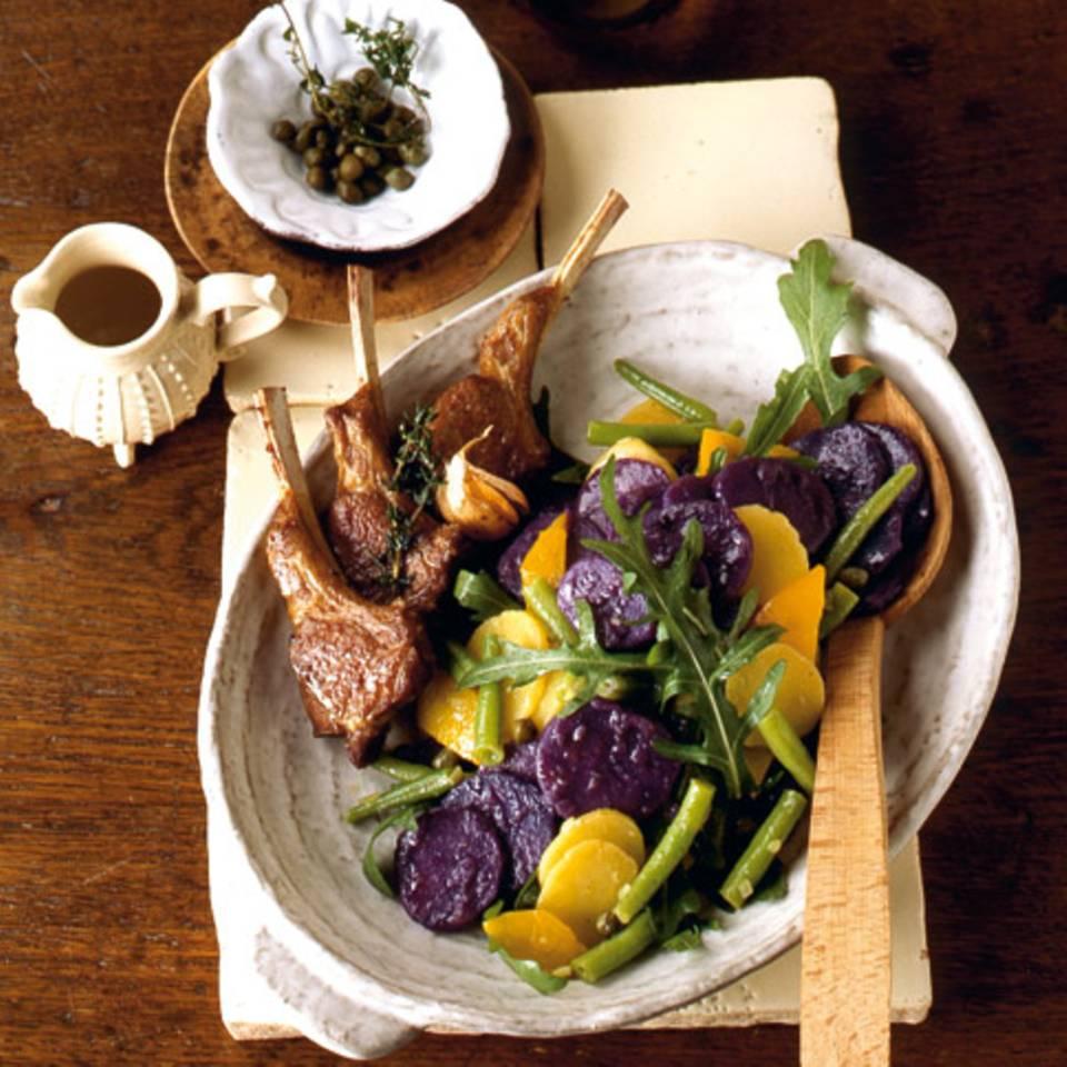 Bunter Kartoffelsalat mit Bohnen und Paprika Rezept