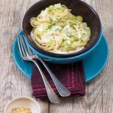Spaghetti mit Spitzkohl und Meerettichsauce