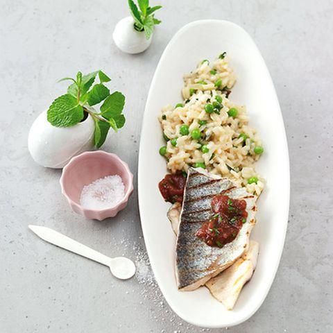 Minz-Erbsen-Risotto mit Forelle