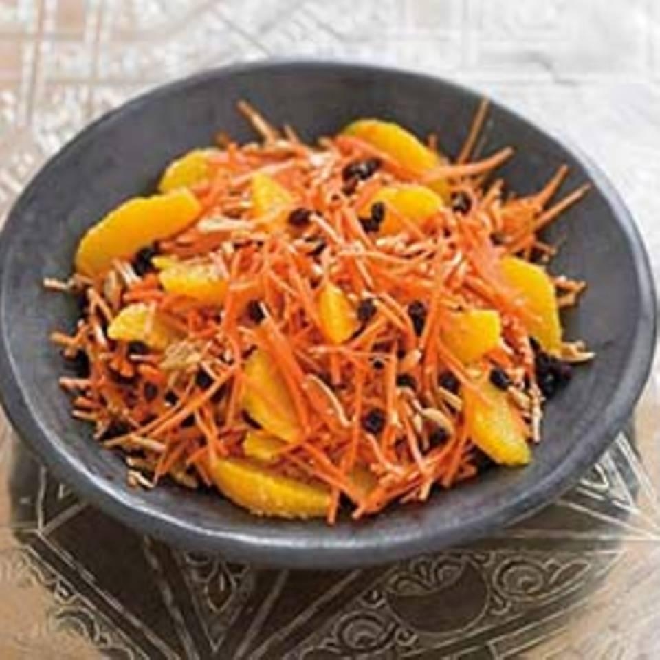 Möhrensalat mit Orangenfilets Rezept