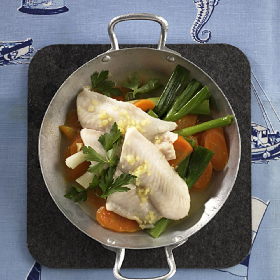 Pfannengemüse mit Fisch