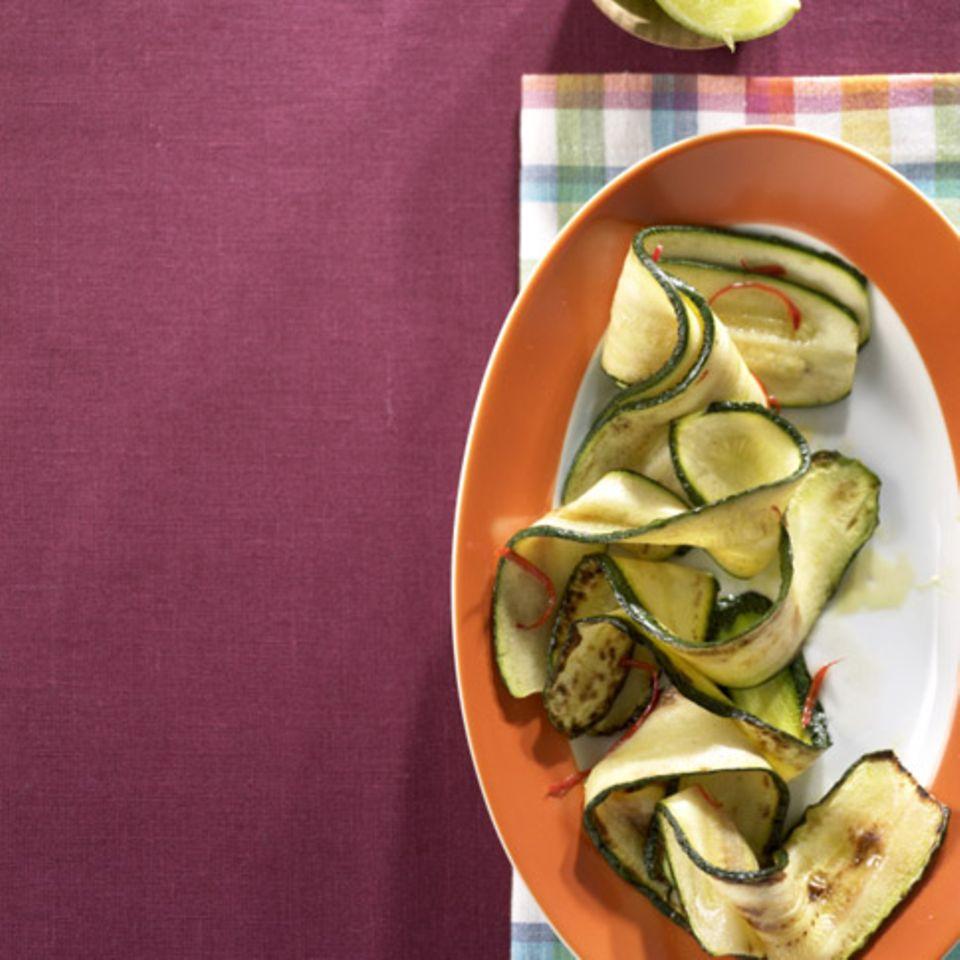 Gebratene Zucchinistreifen