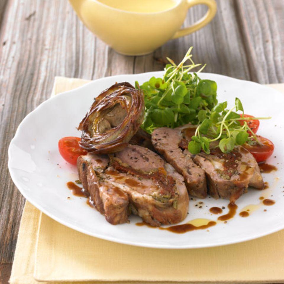 Zitronen-Aïoli und Brunnenkresse-Salat