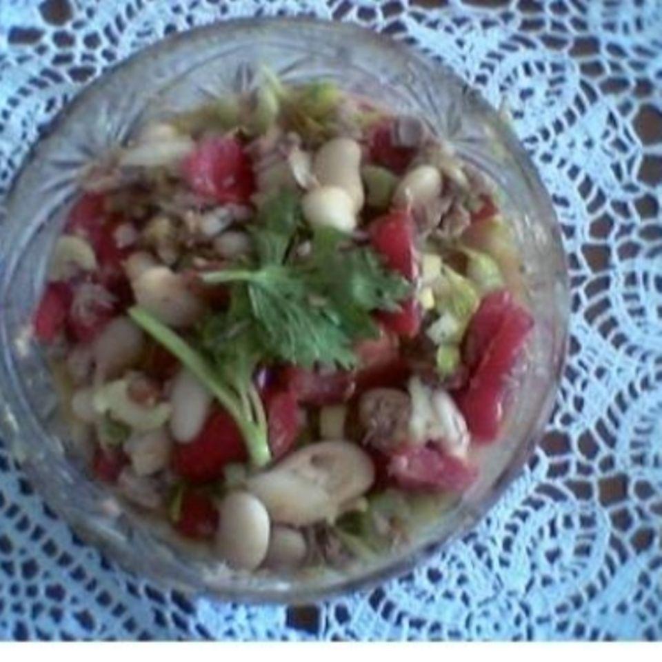 Thunfischsalat mit weißen Bohnen
