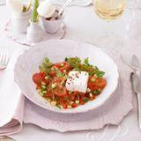 Ziegenkäse-Terrine mit Tomatensalat