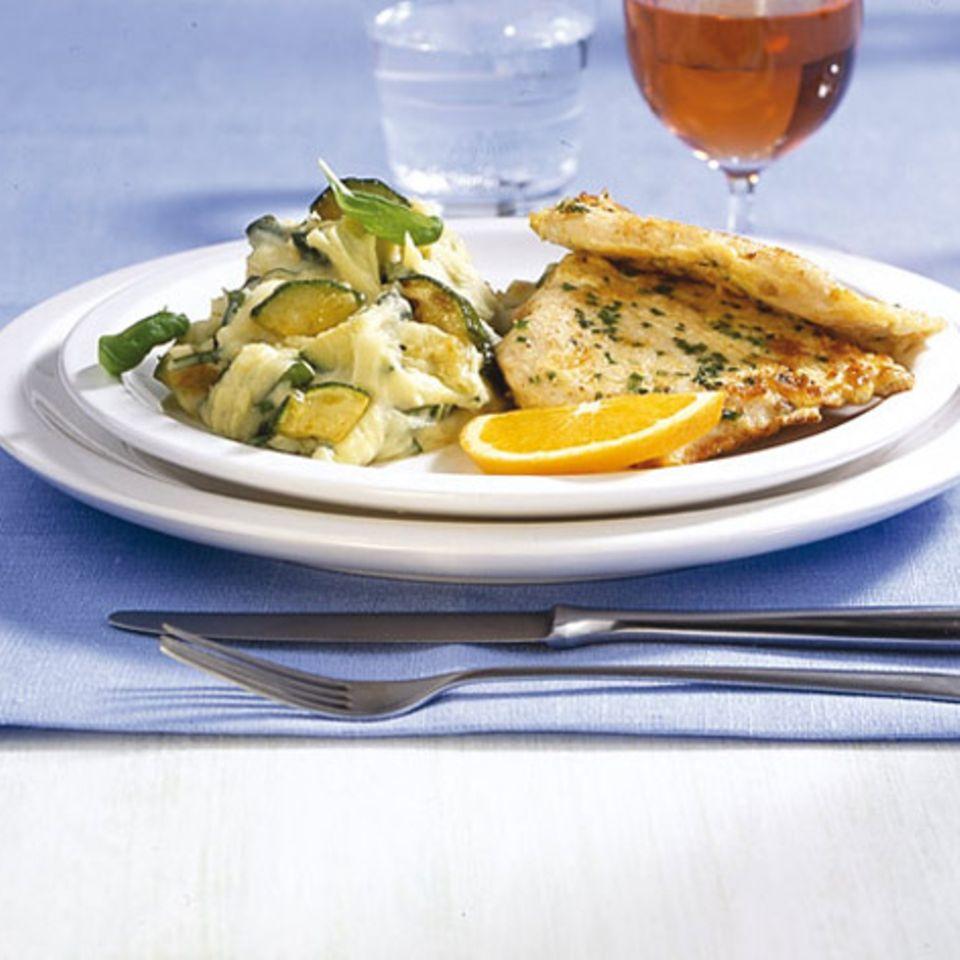 Putenschnitzel mit Zucchinipüree