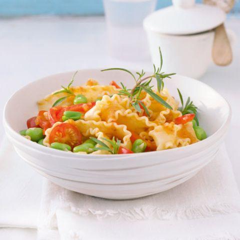 Mafaldine mit dicken Bohnen und Tomaten