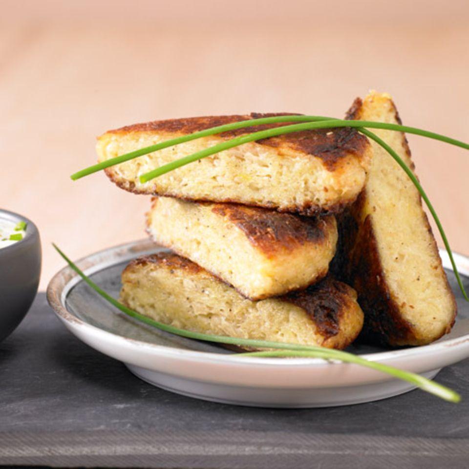 Dibbelabbes mit Sauerkraut