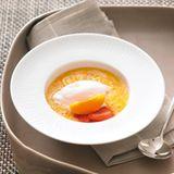 Aprikosen-Kaltschale mit Rhabarber-Sorbet