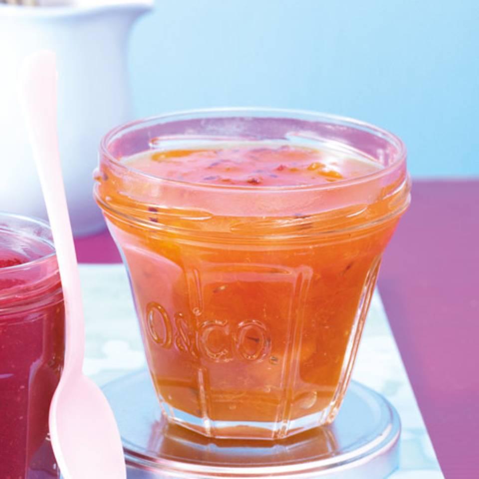 Aprikosenkonfitüre mit Lavendel Rezept