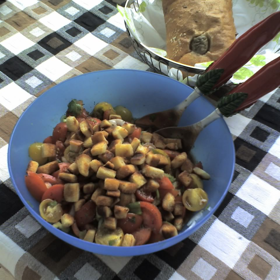 RedYellow Tomatoes Salad