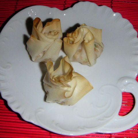 Gebackene Wan-Tan mit Riesengarnelen und Wasserkastanien