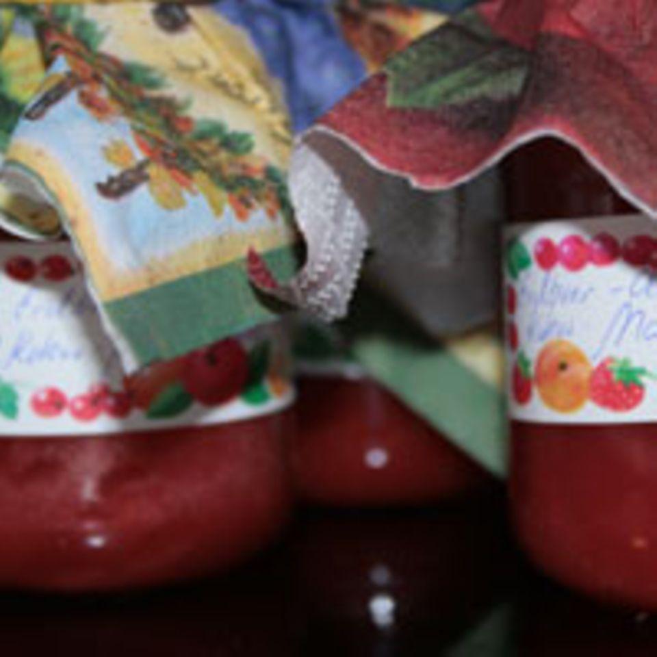 Erdbeer-Ananas-Ingwer-Kokos- Marmelade