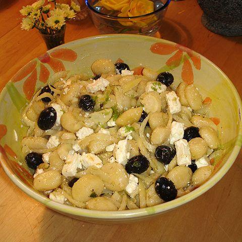 Gnocchisalat mit Fenchel, Schafskäse und Oliven