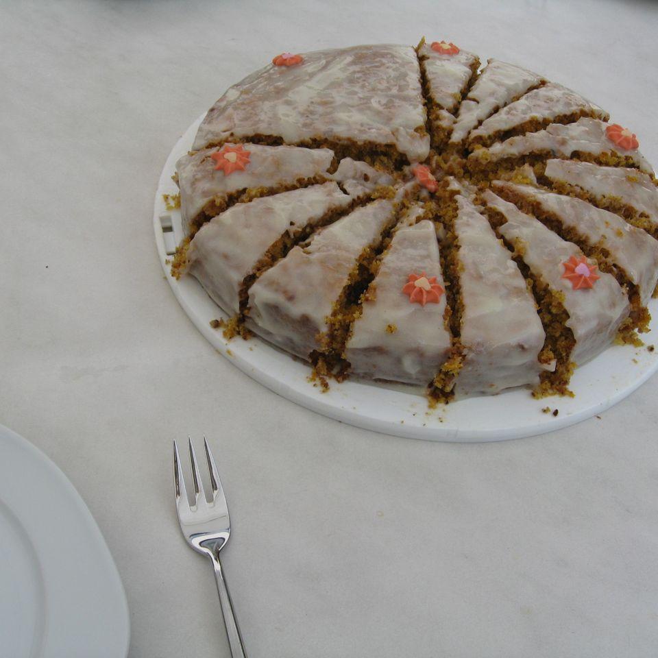 Carrot Cake mit Frischkäseglasur