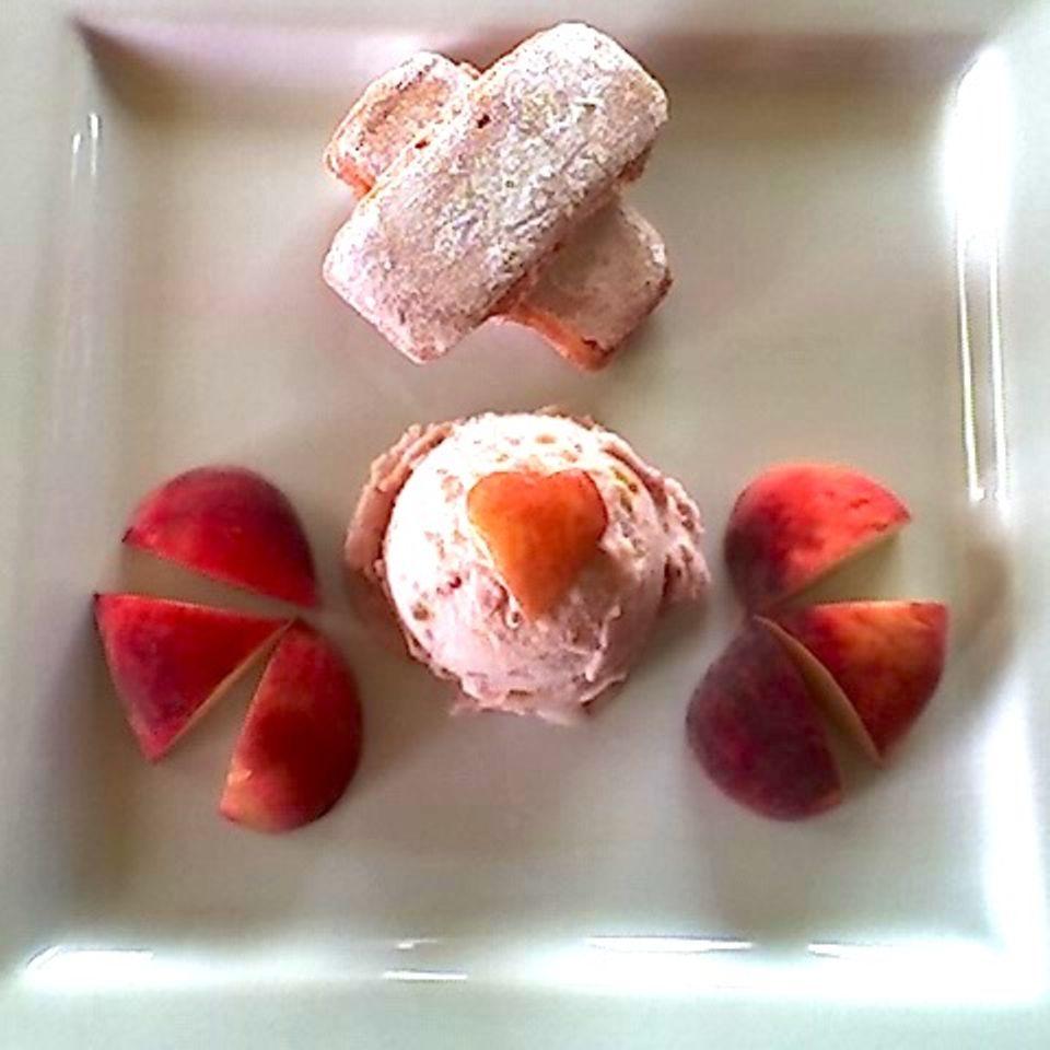 Pfirsich-Eis von weißen Paraguayos