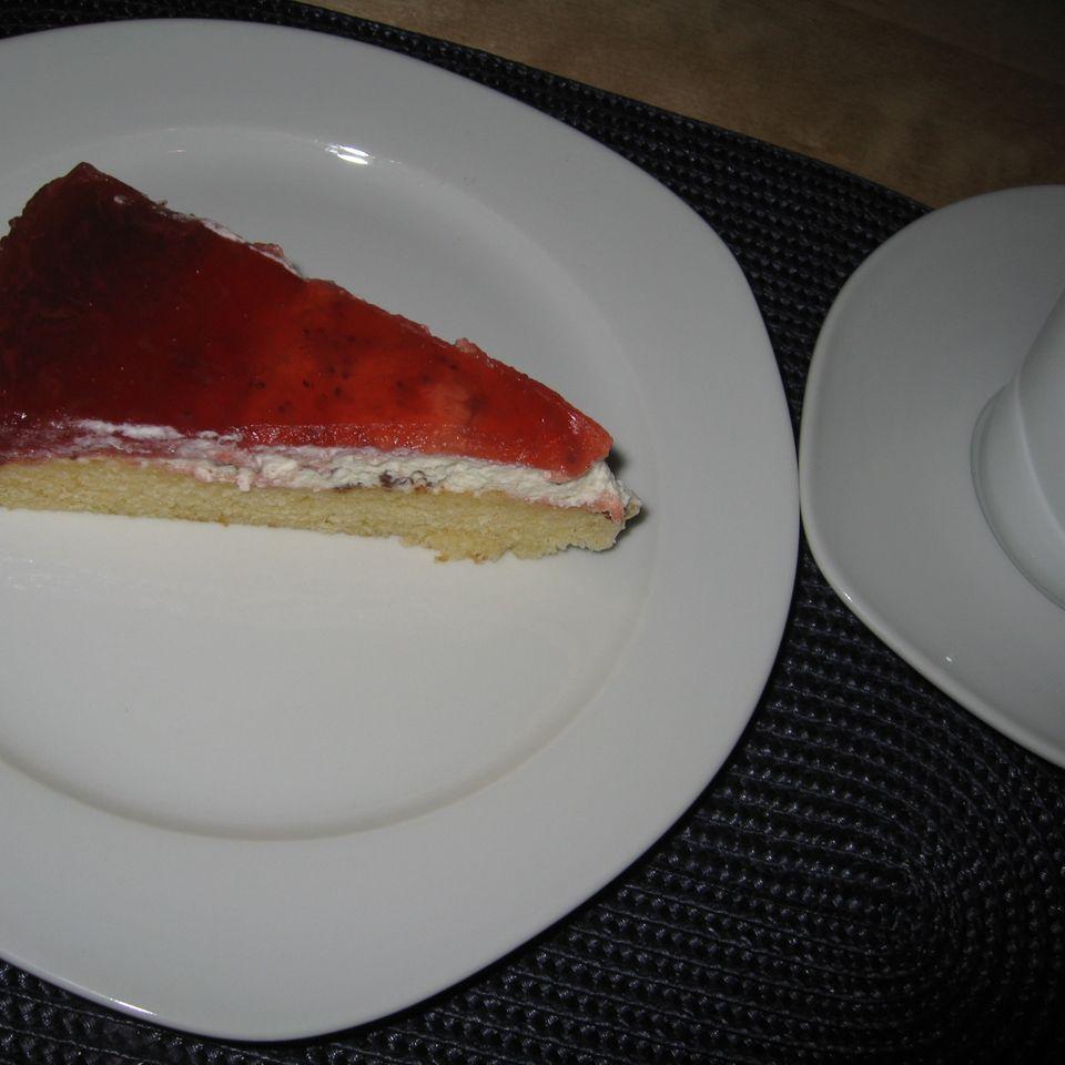 Beeren-Straciatella Torte